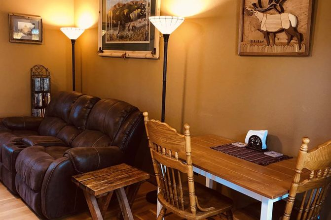 Dining table and chairs, leather loveseat and 2 floor lamps