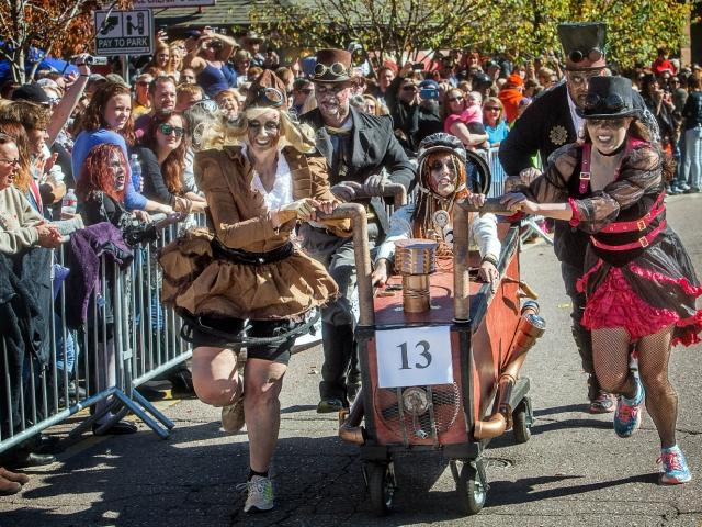 Emma Crawford Coffin Race